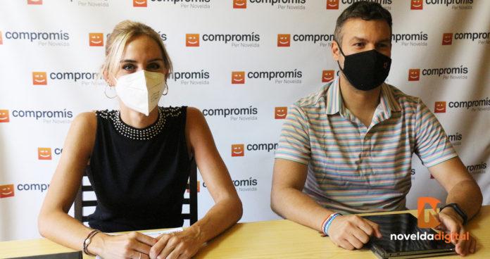 Roda de premsa Compromís per Novelda amb Berta Galiana i Carles Sala